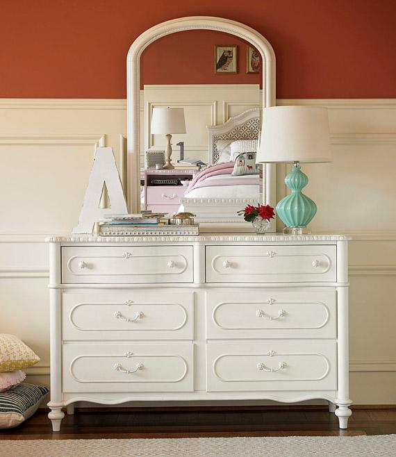 bellamys dresser
