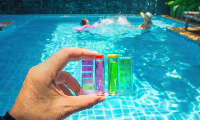 swimming pool water ph test tubes