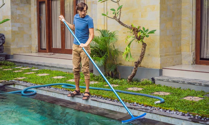 trying to clean swimming pool water