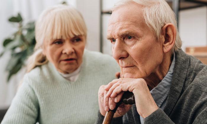 wife concerned about elderly husbands dementia