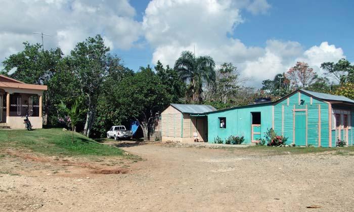dominican republic poverty